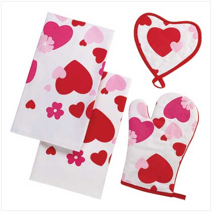 SWEETHEART VALENTINES DAY KITCHEN TOWEL OVEN MITT SET