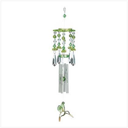 green hummingbirds chime